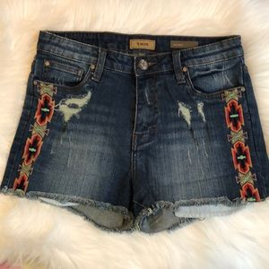 STS blue western tribal print embroidered shorts